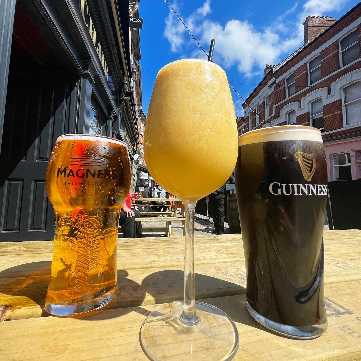 It's a perfect day for a pint.. or a cocktail  ... or both? #therockingchairbar #rockingchair #derry #pints #cocktails #humpday